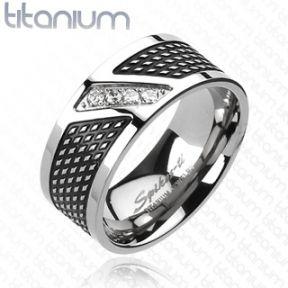 Кольцо из титана с фианитами Spikes